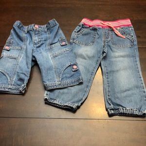 Bundle of 2 jeans Size 2T. Old Navy